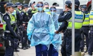 Úc tái phong tỏa thành phố với gần 5 triệu dân