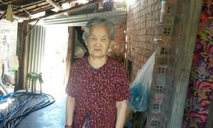 Xót xa hoàn cảnh cụ bà 90 tuổi sống trong căn nhà vách đất tồi tàn