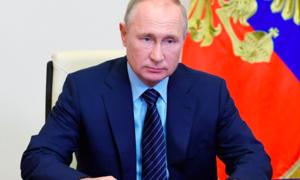 Nga tuyên bố cấp phép vaccine Covid-19, con gái tổng thống Putin đã tiêm