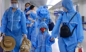 Gần 300 du khách kẹt ở Đà Nẵng đã về đến sân bay Tân Sơn Nhất