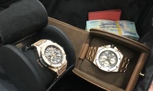 Bỏ quên đồng hồ Huflot cùng nhiều tài sản gần tỷ đồng trên máy bay