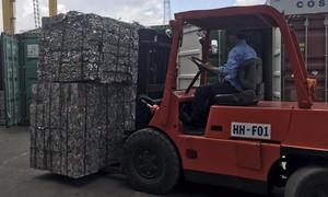 TPHCM: Buộc tái xuất hơn 1.000 container phế liệu nhập khẩu