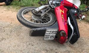 Xe máy tông cột điện, thanh niên tử vong tại chỗ