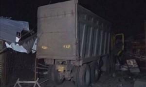 Xe tải tông chết 13 công nhân nhập cư ở Ấn Độ