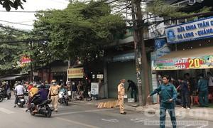 Xe máy tông cột điện rồi văng xa 30 mét, một người tử vong ở Sài Gòn