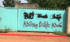 """Thị xã Phước Long, Bình Phước: Khốn khổ vì con đường bị """"vướng"""""""