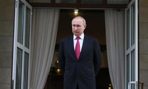Căng thẳng gia tăng: Nga đình chỉ phái bộ tại NATO