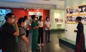 Những đoàn khách đặc biệt của Bảo tàng Chứng tích Chiến tranh