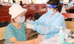 Ngày 22/10 cả nước chỉ ghi nhận 56 ca tử vong, đã tiêm hơn 70 triệu liều vắc xin