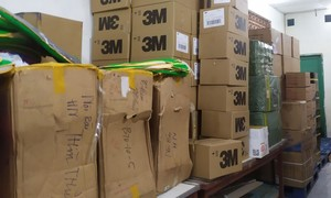 Hơn 10.000 khẩu trang 3M nghi giả mạo trong khuôn viên Hội Chữ thập đỏ