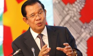 Campuchia sửa hiến pháp, cấm quan chức cấp cao có song tịch