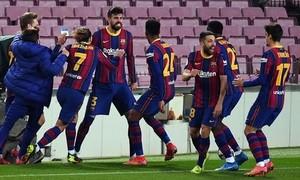 Clip Barca thắng Sevilla 3-0, vào chung kết Cup Nhà Vua