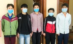 Phát hiện 5 người đi tìm Tam thất, vượt biên từ Lào vào Việt Nam