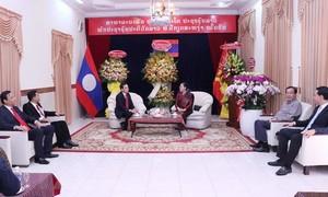 TPHCM chúc mừng Tết cổ truyền Bunpimay của Lào