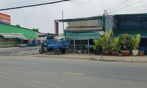 Hai băng nhóm đuổi đánh nhau ở TPHCM, 2 người thương vong