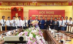 Giám đốc Công an tỉnh Nghệ An làm Phó bí thư Tỉnh uỷ, Chủ tịch UBND tỉnh Hà Tĩnh