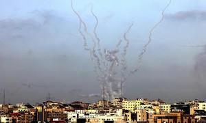 Leo thang căng thẳng Israel - Palestine: Tên lửa nã như mưa