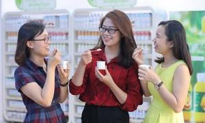 Sữa chua chanh dây bổ sung hạt chia đầu tiên trên thị trường