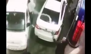Clip người đàn ông dùng vòi bơm xăng tấn công nhóm cướp hung hãn