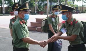Đại học ANND tiếp tục chi viện lực lượng hỗ trợ Bình Dương, Long An chống dịch