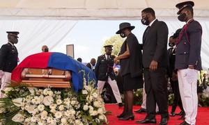 Bạo lực nổ ra tại đám tang của tổng thống Haiti bị ám sát