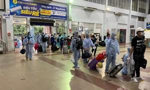 Hà Tĩnh nói gì về việc tạm hoãn chuyến bay chở người về quê tránh dịch?