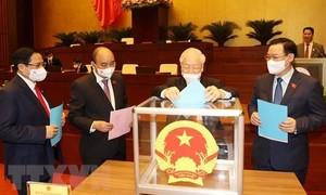 Quốc hội thông qua các nghị quyết phê chuẩn bổ nhiệm các thành viên Chính phủ