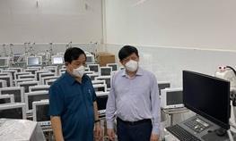 Chuyển gấp thiết bị y tế cho các Trung tâm hồi sức COVID-19 ở phía Nam
