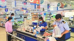 Các siêu thị của Saigon Co.op tại vùng xanh bắt đầu đón khách