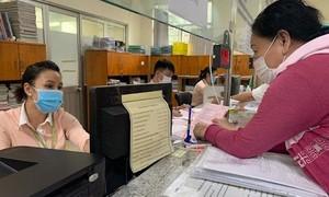 TPHCM: Chỉ bố trí người đã tiêm 2 mũi vaccine làm việc trực tiếp tại cơ quan