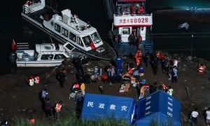 Chìm phà ở Trung Quốc, ít nhất 9 người chết, 6 người mất tích