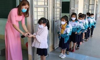TPHCM: Học sinh tạm ngưng đến trường từ ngày 10/5