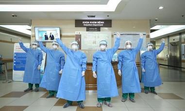 Hơn 2.100 cán bộ y tế và người dân tình nguyện cùng TPHCM chống dịch