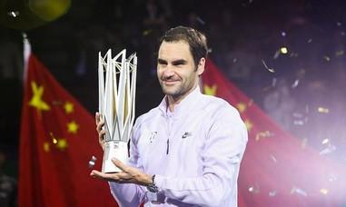 Đánh bại Nadal, Federer lên ngôi ở Thượng Hải Master