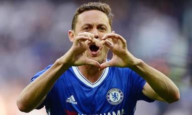 M.U sở hữu 'quái vật' Matic từ Chelsea với giá 40 triệu bảng