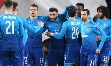 Vòng 1/16 Europa League: Arsenal chủ quan, suýt phải trả giá