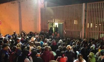 Bạo loạn trong tù, hơn 50 người chết
