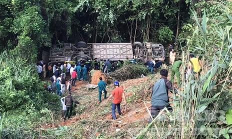 Xe khách lao xuống vực ở Kon Tum, 5 người tử vong, 28 người bị thương