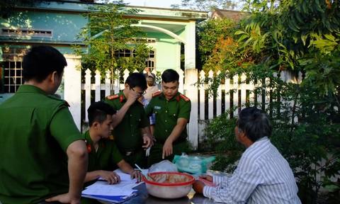 """Phát hiện cơ sở sản xuất chả """"chui"""" chứa hàn the tại Đà Nẵng"""