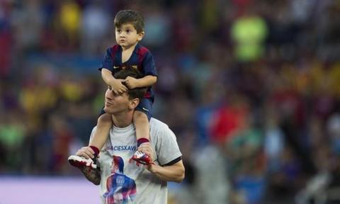 Messi 'buồn lòng' vì con trai không thích đá bóng