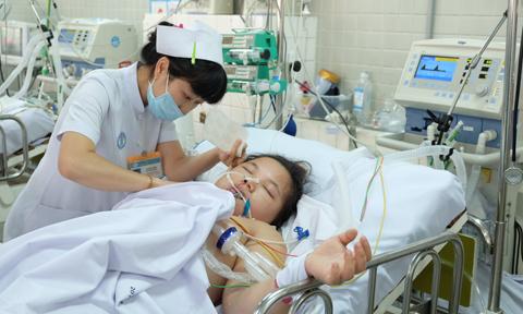 Người mẹ trẻ mất cả 2 con trai trong đêm vì tiền sản giật cần giúp đỡ
