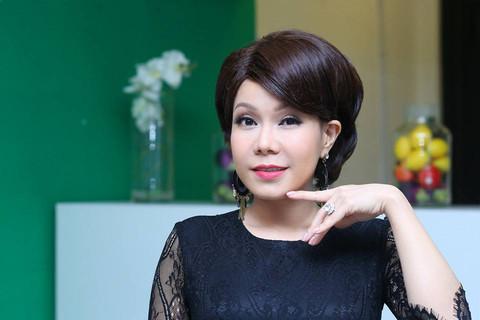 Việt Hương viết tâm thư xin lỗi vì diễn hài thô tục