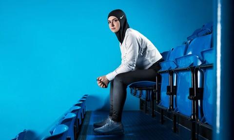 Nike sản xuất khăn Hijab thể thao dành cho VĐV Hồi giáo