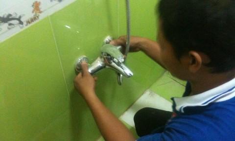Giả mạo thợ điện nước giết chủ nhà cướp tài sản tại Quận Bình Thạnh, Tp Hồ Chí Minh