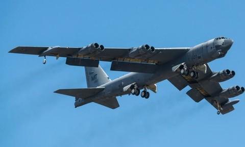 Căng thẳng với Triều Tiên, Mỹ điều dàn B-52 hùng hậu đến Guam