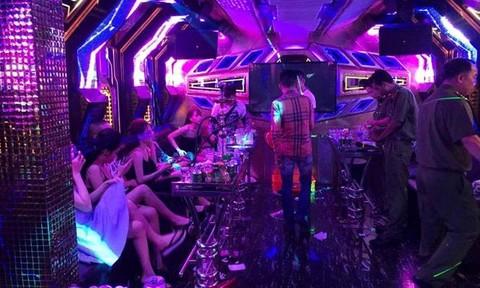 Kiểm tra quán karaoke, phát hiện 44 dân chơi dương tính ma túy