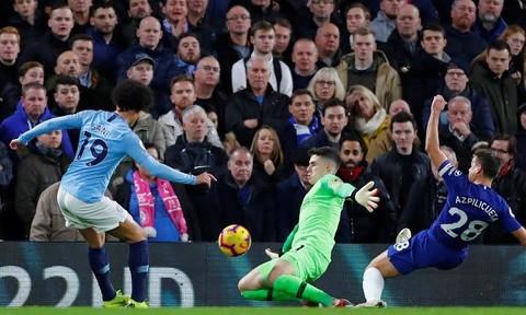 Man City gục ngã trước Chelsea, đứt mạch 15 trận bất bại