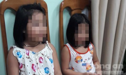 Hai chị em cháu bé được giải cứu an toàn.