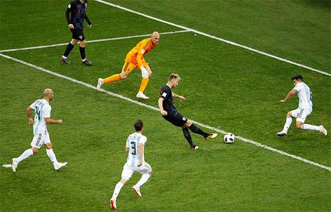 Clip trận Argentina thua Croatia 0 - 3