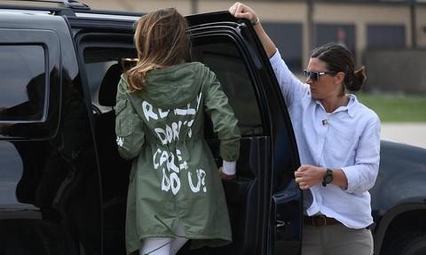 Báo chí thế giới bàn gì về dòng chữ trên áo đệ nhất phu nhân Mỹ?